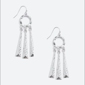 TOWNE & REESE  Beatrice Dangle Drop Earrings
